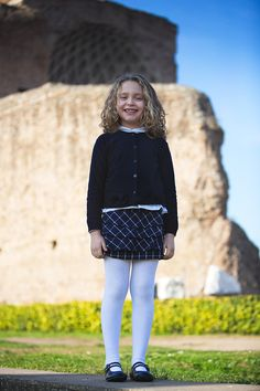 fall winter 2016 discovering Rome: the Roman Forum and the colosseum Kids Fashion Blog, Kids Winter Fashion, Boy Fashion, Cute Young Girl, Cute Baby Girl, Cute Babies, Little Girl Pictures, Cream Outfits, Tutus For Girls
