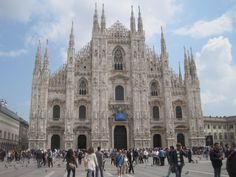 to get married in a cathedral like the Santa Maria Nascente in Milan
