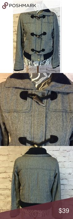 AMERICAN EAGLE OUTFITTERS WOOL BLEND COAT/JACKET Great coat in a HERRINGBONE pattern.  Navy blue and white with some black trim. Great condition American Eagle Outfitters Jackets & Coats Pea Coats