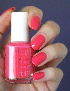ESSIE 560 Peach Daiquiri Nail Lacquer Nail Polish Color NEW Peach Pink 13.5ml #Essie