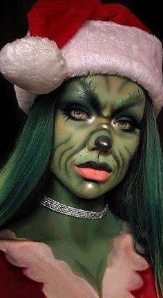 Awesome CHRISTMAS MAKEUP Tips for New Year Eye Makeup And More for 2019 Part christmas makeup; christmas makeup looks; christmas makeup ideas makeup augen hochzeit ideas tips makeup Cute Halloween Makeup, Christmas Makeup Look, Halloween Looks, Halloween 2019, Costume Halloween, Christmas Fancy Dress, Halloween Make Up Scary, Holiday Makeup Looks, Halloween Christmas