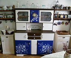 MENTŐÖTLET - kreáció, újrahasznosítás: Kredencek felújítva Bookcase, Shelves, Furniture, Home Decor, House Styles, Cottage Chic, Projects, Shelving, Homemade Home Decor
