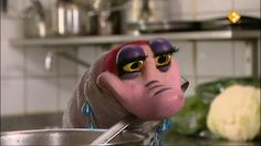 Thema: Werk & Gezondheid. Moffel en Piertje gaan een dag in een restaurant werken. De chef-kok gaat even weg en Moffel en Piertje moeten op de zaak letten. Maar dan komen er onverwacht klanten binnen. Ze nemen plaats en bestellen hun eten. Moffel en Piertje raken in paniek. Ze brengen op elke tafel de verkeerde bestelling! Als de chef-kok terugkomt schrikt hij van de chaos. Plotseling krijgt Moffel een idee: hij laat de klanten het eten met elkaar ruilen.