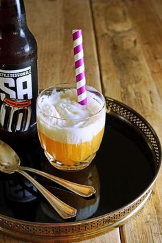 Beer Float - a refreshing adult beverage for those muggy last days of Summer using Tillamook Ice Cream! From @Patty Price / Patty's Food