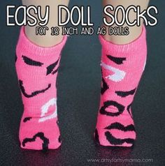 Easy 18 Inch Doll Socks Easy Doll Socks you can make for your 18 inch or AG Dolls American Girl Outfits, Ropa American Girl, American Doll Clothes, Butterfly Kisses, Girly Girl, Diy Ag Dolls, Dolls Dolls, Barbie Doll, Ag Doll Crafts