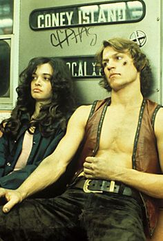The Warriors Production Photos - The Warriors Movie Site 80s Movies, Cult Movies, Action Movies, Great Movies, Movie Tv, Michael Beck, Warrior Movie, Films Cinema, Movie Sites