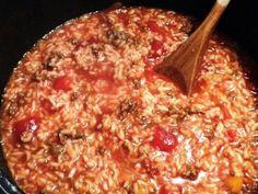 Recipe: Girl Scout Stew - looks good! Girl Scout Stew Recipe, Recipe Girl, Crockpot Recipes, Soup Recipes, Hamburger Recipes, Rice Recipes, Dinner Recipes, Campfire Stew, Essen