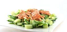 Over de zalm met avocadosalade Deze zalm met avocadosalade is een heerlijk gezond gerecht. Zo'n 80% van de Nederlanders eet te weinig vis terwijl het zo lekker is! Maar waarom is vis dan zo goed voor je …