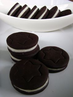 Oreo keksz házilag My Recipes, Cookie Recipes, Crackers, Biscotti, Oreo, Food And Drink, Sweets, Cookies, Chocolate