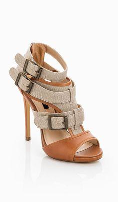 Tri-Buckle Sandals ~❥ Super Cute & unbelievably comfortable ... love mine!