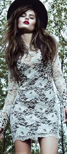 Moreno Rosa   2013 ... more inspiring & beautiful fashion on #MTFashional