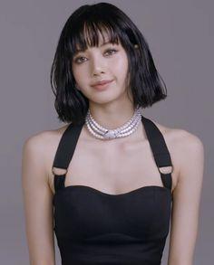 Black Pink Dance Practice, Lisa Blackpink Wallpaper, Kim Jisoo, Vogue Japan, Black Pink Kpop, Blackpink Photos, Blackpink Fashion, Jennie Blackpink, Blackpink Lisa