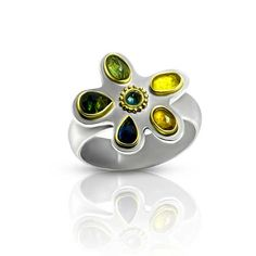Dip into a jewel box of delicious spring colors and adorn yourself with your choice of rose cut sapphire rings, each with it's own subtle palette. Sapphire Rings, Sapphire Jewelry, Blue Sapphire, Artisan Jewelry, Handcrafted Jewelry, Gold And Silver Rings, Small Rose, Ancient Jewelry, Jewel Box