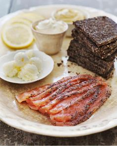 Sweet Paul Holiday Countdown: Day 18 - Salmon Gravlax