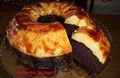 Υπέροχο ζουμερό κέικ κάτω και φανταστική βελούδινη  κρέμ-καραμελέ με 3 υλικά επάνω!!!  Σας παρακαλώ φτιάξτε το είναι πανεύκολο και πεντανόστιμο!!!  Δεν περιγράφω άλλο...!!!!!    ΥΛΙΚΑ ΓΙΑ ΤΟ ΚΕΙΚ    1 πακέτο έτοιμο μίγμα για σοκολατένιο κέικ (υπάρχει σε όλα τα μεγάλα σούπερ