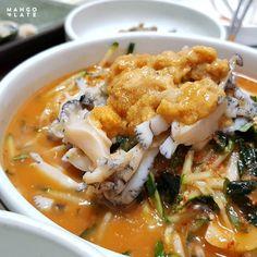 [BY 망고플레이트] 언제 가도 신나는 제주도. 먹고 싶은 것도, 먹어야 할 것도 너무 많아 늘 고민하게... Yummy Food, Tasty, New Recipes, Thai Red Curry, Japanese, Chicken, Ethnic Recipes, Travel, Viajes