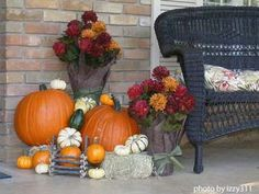 fall outdoor decorating ideas   Keep those creative thoughts running, keeps it working and practiced ...