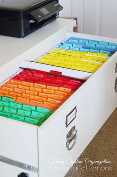 Filing System Organisation Like her category's Organisation Hacks, Organizing Hacks, Home Office Organization, Storage Organization, Organizing Ideas For Office, Organizing Paperwork, Organized Office, Organising, Office Storage