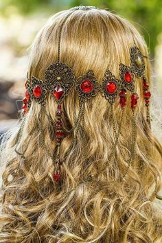 wedding hair jewelry Red Queen Circlet, stunning bronze Red hand made filigree bridal circlet Head Jewelry, Hair Jewellery, Etsy Jewelry, Wedding Jewelry, Circlet, Red Queen, Hair Accessories For Women, Bridal Accessories, Hair Ornaments