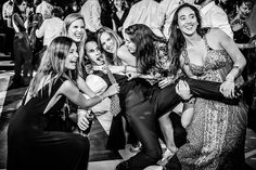 Portafolio - Lore y Matt Fotografias - Fotografos profesionales, Santiago. Camila, Santiago Chile, Wonder Woman, Superhero, Concert, Fictional Characters, Women, Courthouse Wedding, Civil Wedding