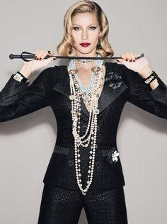 leah-cultice:  Gisele Bündchen by François Nars for Vogue Brazil December 2015