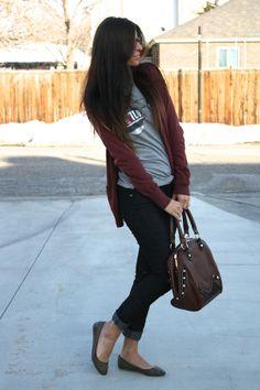 Tshirt, cardigan, jeans, flats