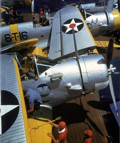 "Torpedo Douglas TBD-1 on the deck of the US aircraft carrier ""Enterprise"""