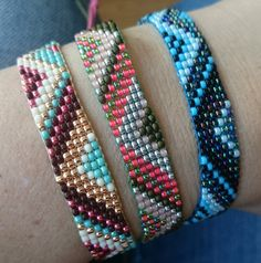 Loom beaded bracelet by Suusjabeads on Etsy Loom Bracelet Patterns, Bead Loom Bracelets, Bead Loom Patterns, Ankle Bracelets, Beading Patterns, Heart Bracelet, Loom Beading, Bead Weaving, Beaded Embroidery