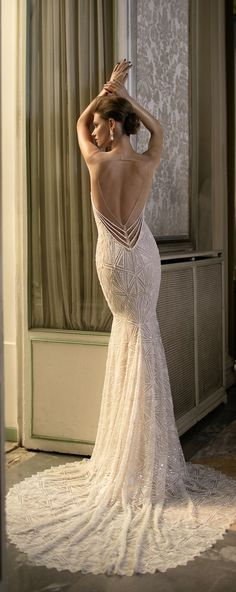 Wedding Dress by Berta Spring 2016 Bridal Collection  #vestidodenovia | #trajesdenovio | vestidos de novia para gorditas | vestidos de novia cortos  http://amzn.to/29aGZWo