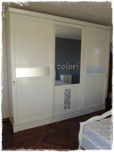 arredamento #camera matrimoniale bianco #laccato con particolari foglia argento by mobiliacolori.it