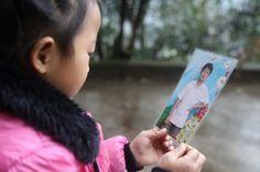Depois de ser abandonada pela mãe, a pequena Anna Wang passou a cuidar das avós e do lar em tempo integral, por conta própria