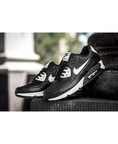 uk availability bcab1 86cdb Nike Air Max 90 Essential Black White Metallic Silver Trainer