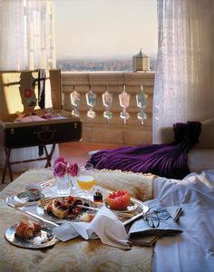 Get comfy this weekend: plan a #breakfast in bed.