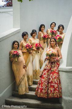 Indian bride with bridesmaids Indian Wedding Bridesmaids, Indian Bridesmaid Dresses, Bridesmaid Poses, Bridesmaid Saree, Bridesmaid Pictures, Pakistani Bridal Dresses, Bridesmaid Outfit, Indian Wedding Outfits, Brides And Bridesmaids
