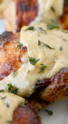 Roasted Chicken with Garlic Buttermilk Cream Sauce chicken dishes Turkey Dishes, Turkey Recipes, Chicken Recipes, Dinner Recipes, Chicken Meals, Chicken Chick, Recipe Chicken, Buttermilk Recipes, Buttermilk Chicken