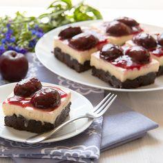 Burgonyás palacsinta Ikat, Cheesecake, Food, Wood, Cheesecakes, Essen, Meals, Yemek, Cherry Cheesecake Shooters