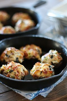 (South Beach Diet) Pizza Stuffed Mushrooms Final 1 by laurenslatest, via Flickr use low fat cream cheese and turkey pepperoni