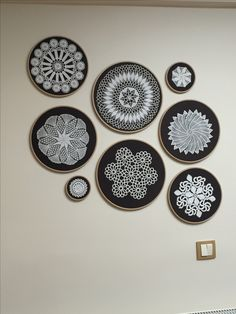 45 Best Ideas For Crochet Doilies Vintage Wall Art Framed Doilies, Lace Doilies, Crochet Doilies, Home Crafts, Diy And Crafts, Arts And Crafts, Vintage Wall Art, Vintage Walls, Crochet Wall Art