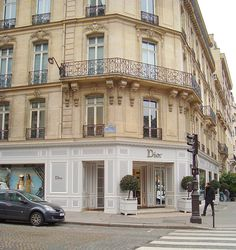 Dior in Paris French Madame: Shopping Elysee Palace, Paris France, Dior Store, Dior Boutique, Retail Facade, Dior Dress, Paris Shopping, Paris Ville, I Love Paris