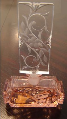 CZPN165 Vintage Czech perfume bottle with pink deco body and clear deco stopper