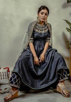 Kurtis, Dresses With Sleeves, Long Sleeve, Outfits, Beautiful, Fashion, Moda, Full Sleeves, Fashion Styles
