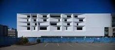 Resultado de imagen para fachadas de edificios de 4 pisos en esquina
