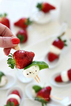 Finger food: Caprese di fragole by Chiarapassion