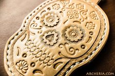 Leder Sugar Skull Schlüsselanhänger handgefertigt von ARCHERIA
