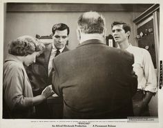 """On set photograph of Vera Miles,John Gavin, Anthony Perkins, and Alfred Hitchcock, taken during the filming of """"Psycho"""". Classic Hollywood, Old Hollywood, Elizabeth Patterson, John Gavin, Karl Malden, Jean Peters, Suzy Parker, John Payne, Art"""