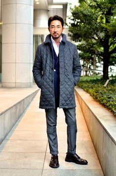冬の定番アウターとして人気のキルティングジャケット。その代表格といえば、抜群の軽さと保温力を武器に、ビジネスマンから絶大の支持を得る英国を代表するブランド、ラベンハムです。中でも、『FORZA ST…
