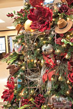 western themed christmas tree diy by show me decorating diy themedchristmas christmasornaments