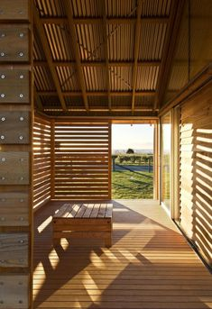 Shoal Bay bach: rugged and unpretentious rural architecture | Designhunter - architecture & design blog