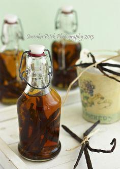 Vanilla extract by Sweet Corner1, via Flickr