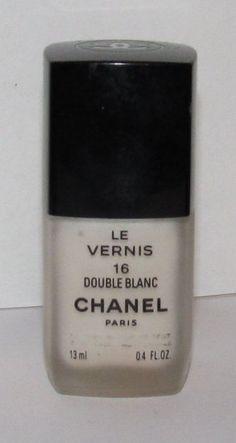 CHANEL - Double Blanc Nail Polish